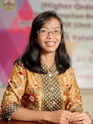 Lusia Wati, S.Pd.