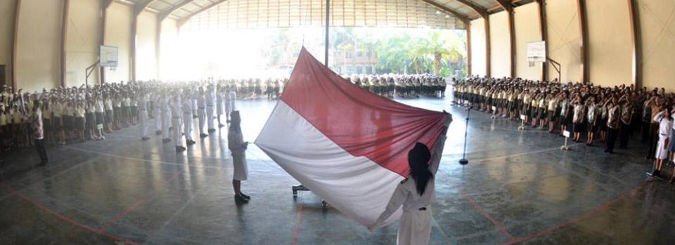 Upacara bendera SMAK St Paulus